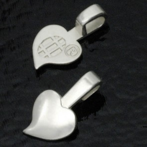 Aanraku Small Silver Plated Heart Bails