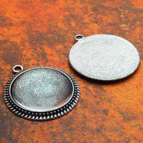 30mm Filigree Circle Antique Silver Pendant Tray